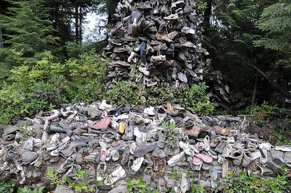 Shoe Tree Vancouver Island