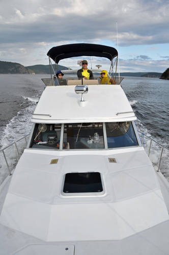 Charter powerboat from Anacortes heading into San Juan Islands