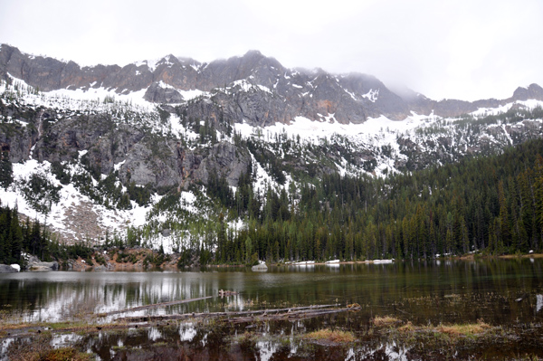 Cutthroat Lake Trail in Okanogan-Wenatchee National Forest Washington