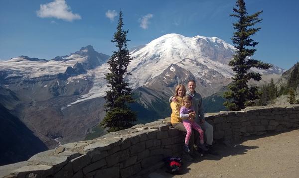 Mt Rainier National Park Emmons Glacier Overlook trail hikers