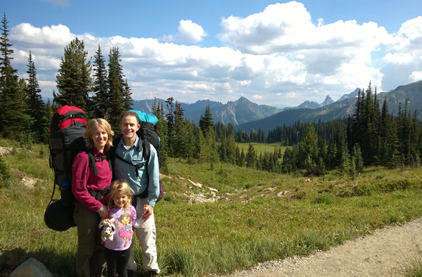 Mt Rainier National Park Sunrise Park Road trail backpacking