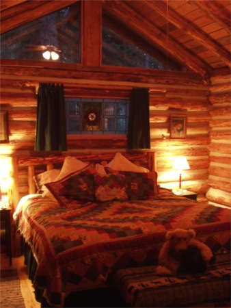 log cabin bedroom at whidbey island greenbank guest house log cottages
